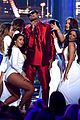 chris brown brings daughter royalty to billboard music awards 2015 01