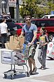 gerard butler wraps up weekend by stocking up on groceries 01
