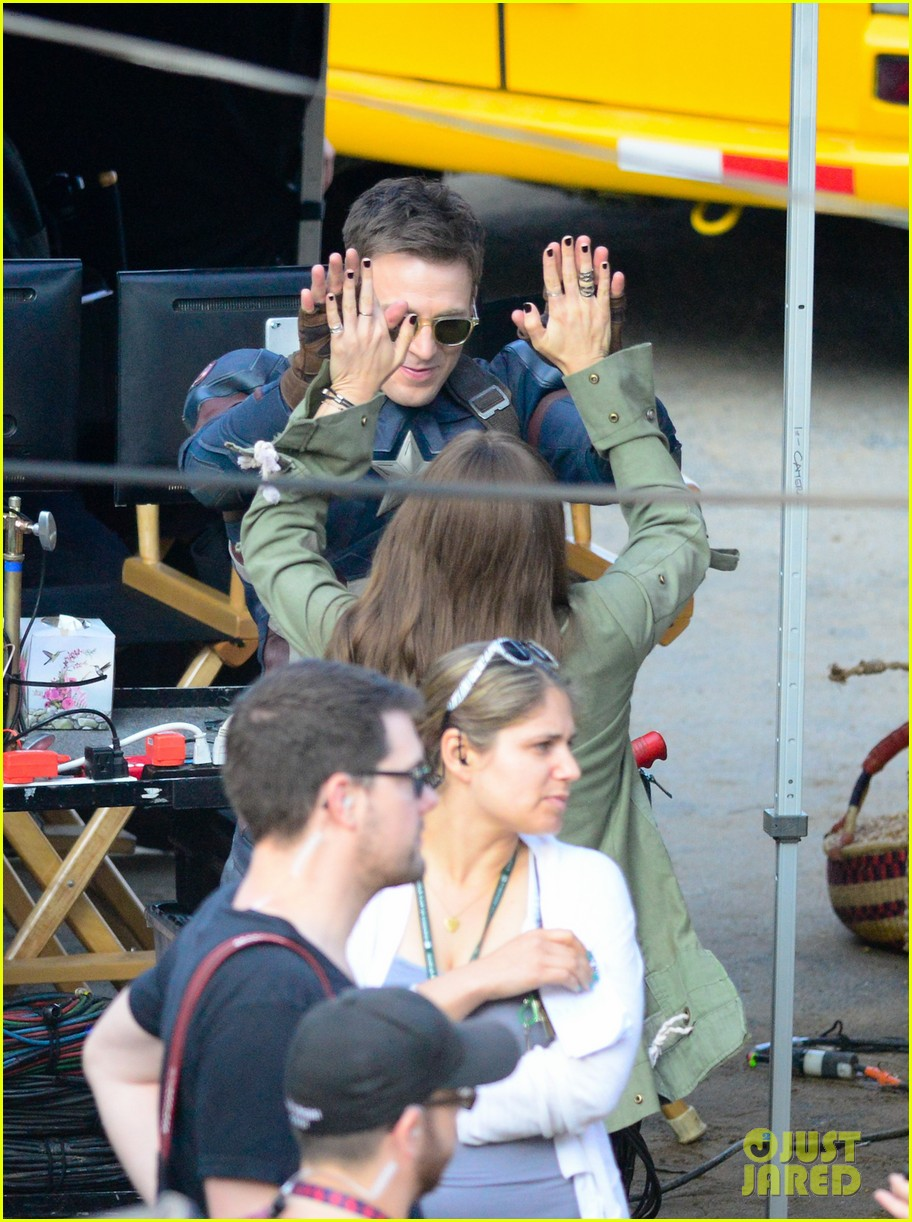 Franchise Marvel/Disney #3 Captain-america-civil-war-cast-had-great-time-on-set-05