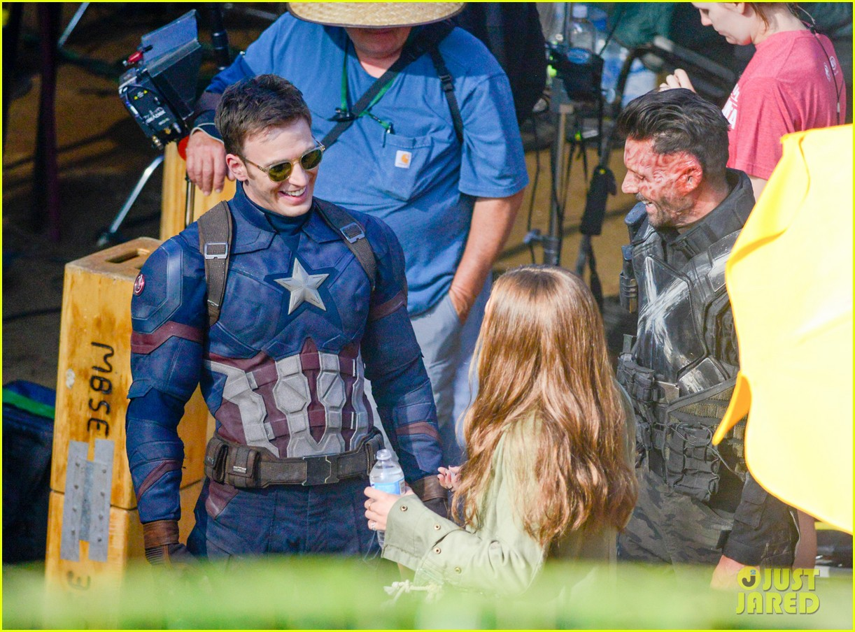 Franchise Marvel/Disney #3 Captain-america-civil-war-cast-had-great-time-on-set-15