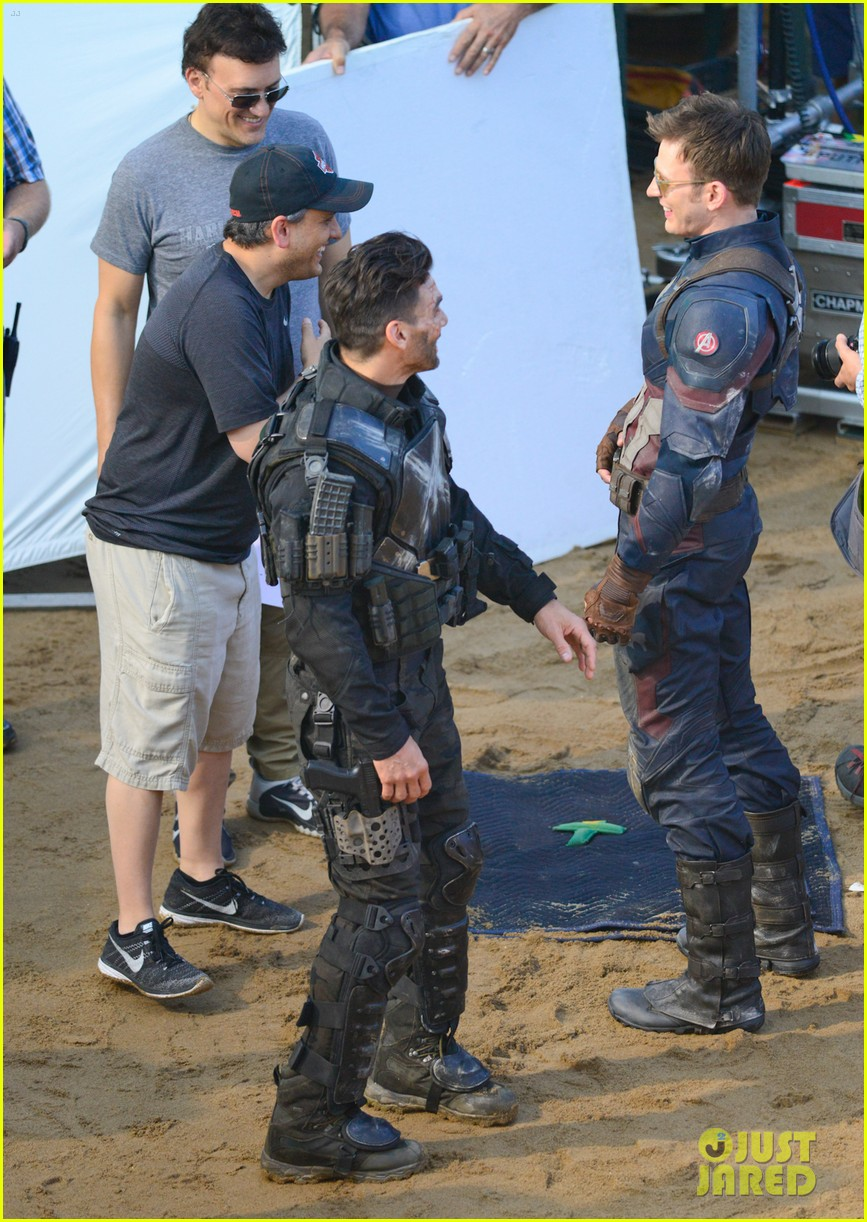 Franchise Marvel/Disney #3 Captain-america-civil-war-cast-had-great-time-on-set-33