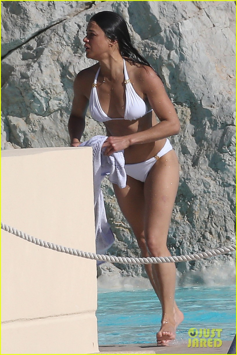 Michelle Rodriguez Bikini Bodies Pic 19 of 35