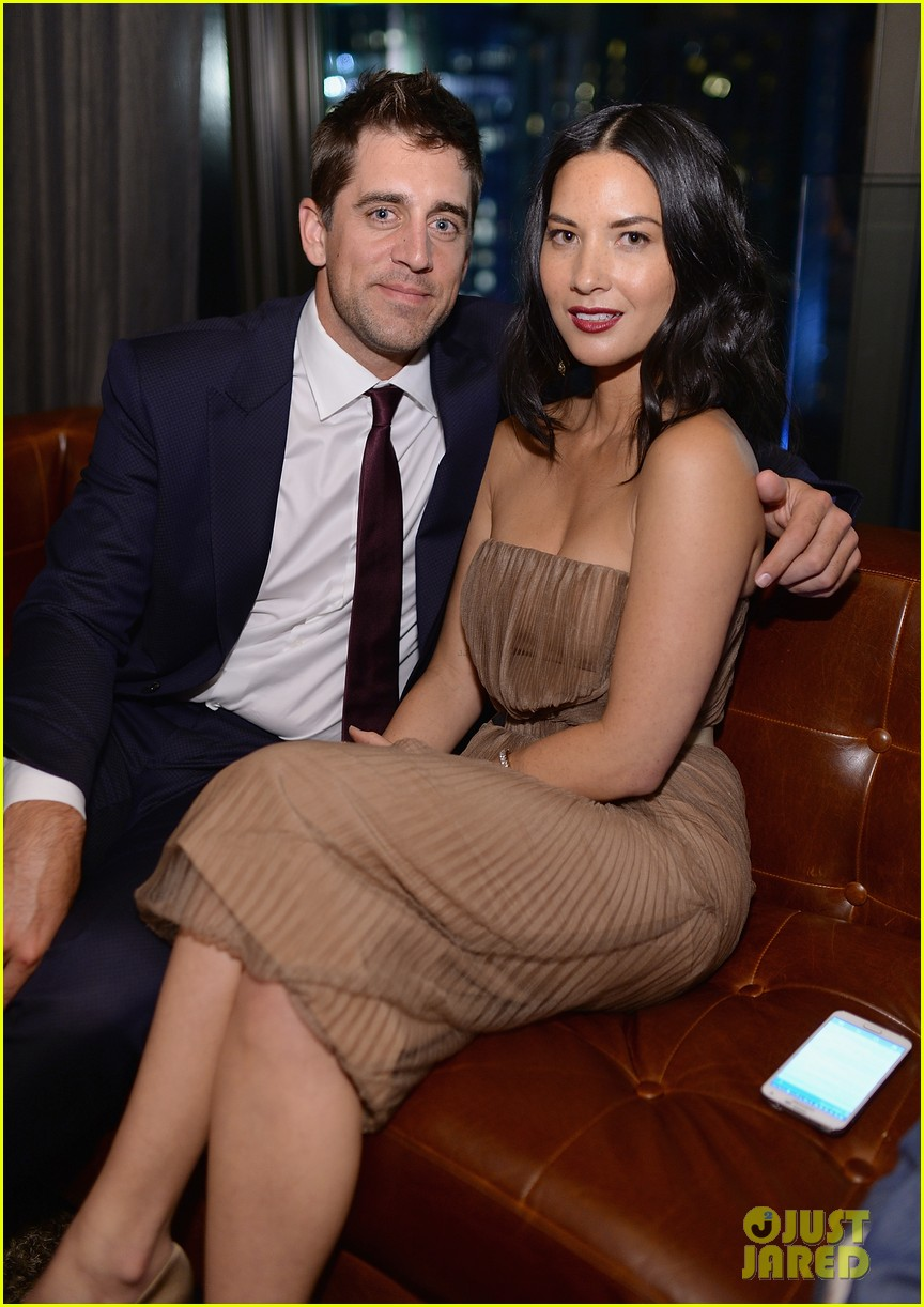 olivia munn turned down celebrity jeopardy so aaron rodgers accepted 013368377