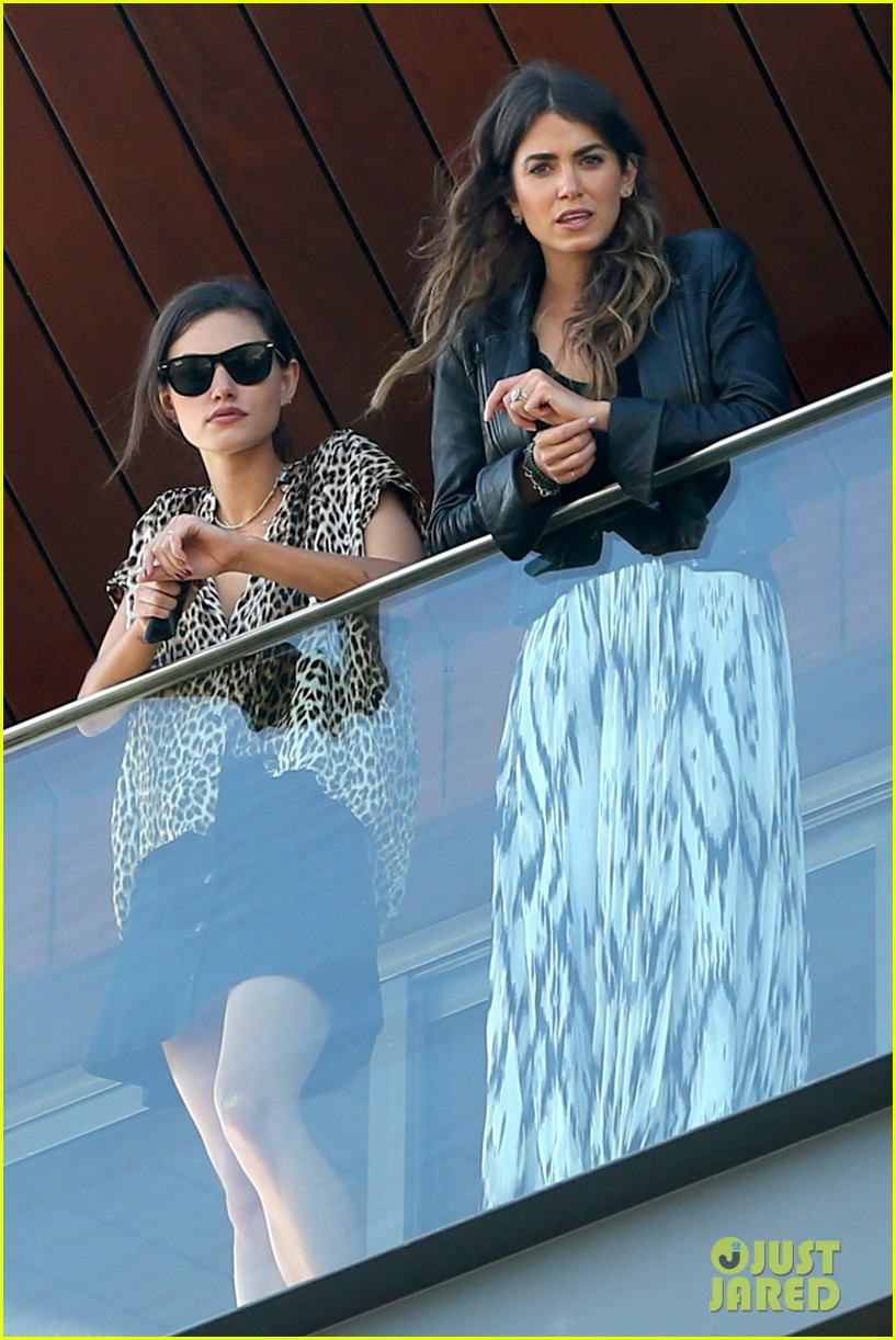 nikki reed phoebe tonkin have a girls day out in rio 073361033