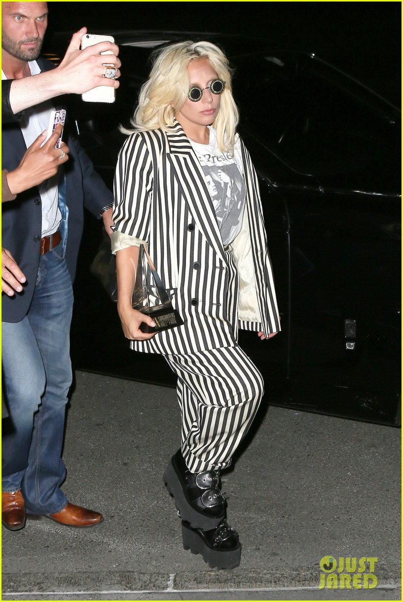 lady gaga channels beetlejuice in striped suit after accepting icon 08