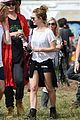 jenna coleman suki waterhouse 2015 glastonbury 21