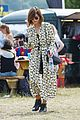 jenna coleman suki waterhouse 2015 glastonbury 25