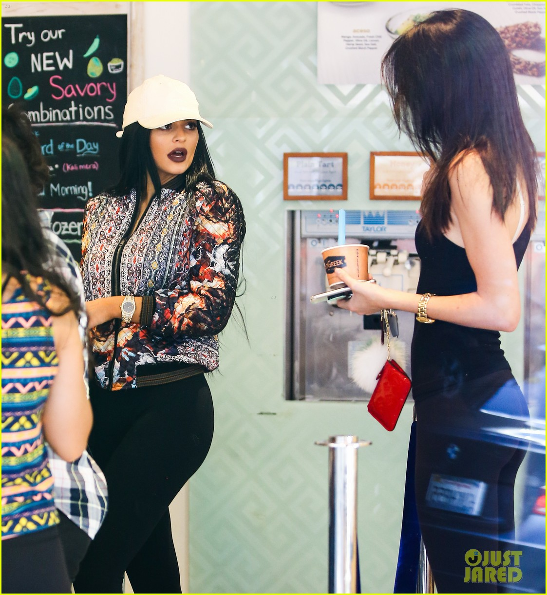 Kylie Jenner Jets Home for Father's Day with Caitlyn Jenner: Photo ...