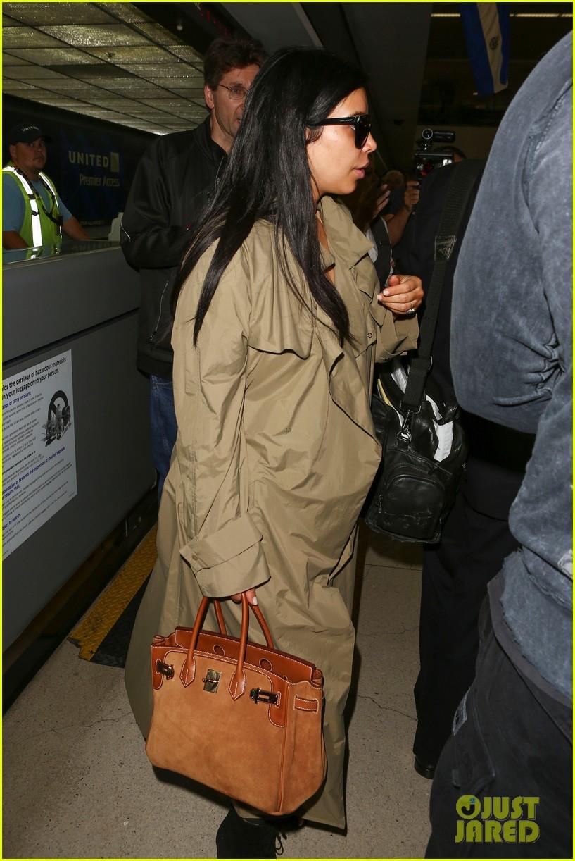 kim kardashian lets it all hang out following baby boy news 283399939