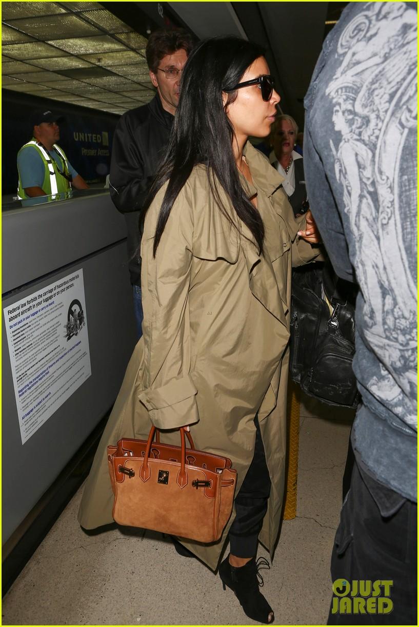 kim kardashian lets it all hang out following baby boy news 293399940