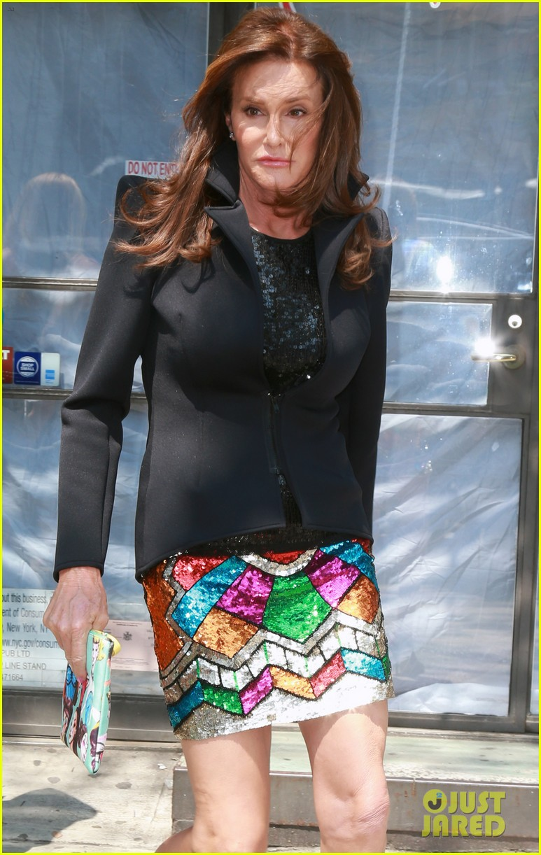 Caitlyn Jenner is Not Dating ESPYs Date Candis Cayne: Photo ...