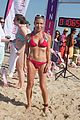 lena dunham Paddle for Pink Charity14