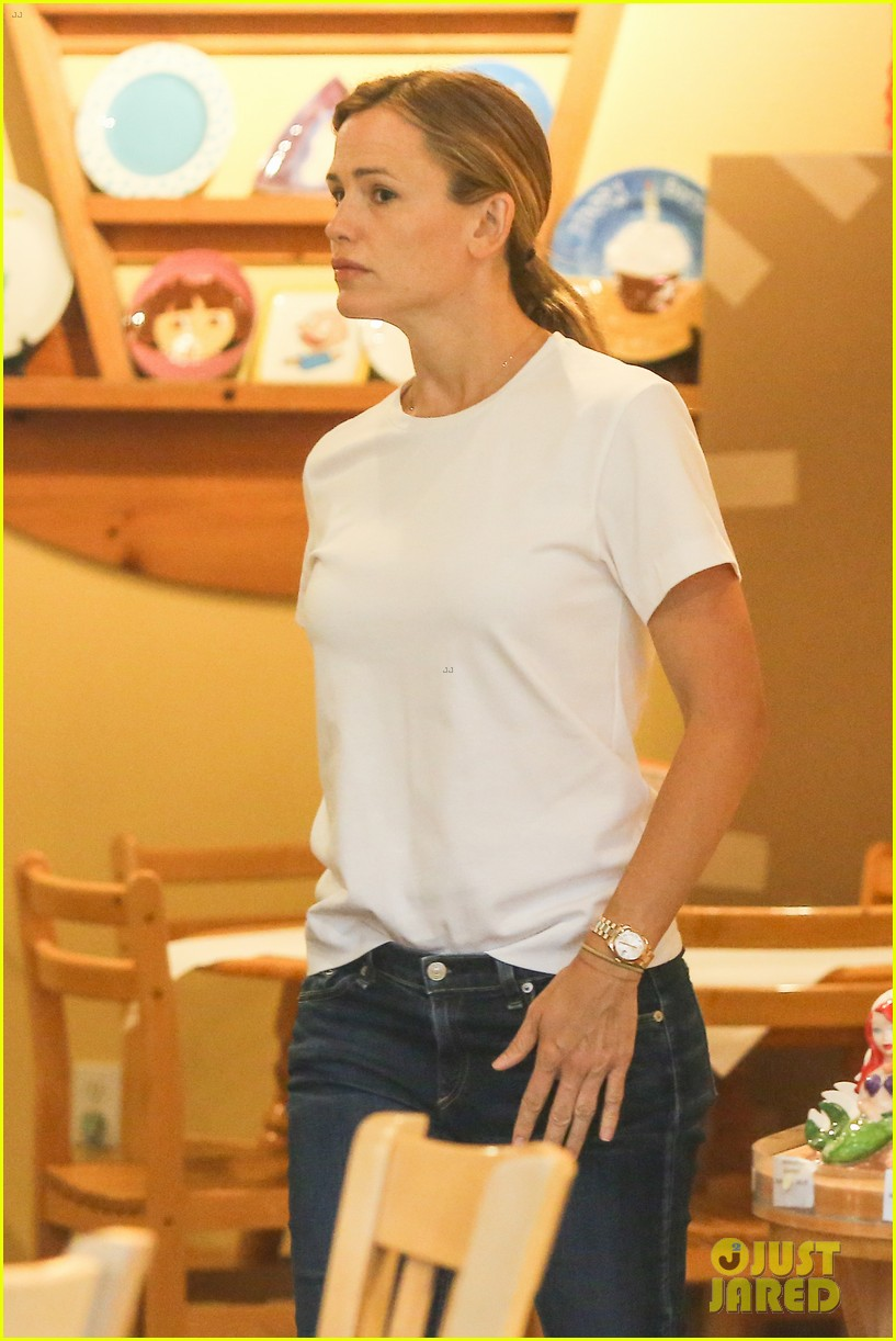 Jennifer Garner Spends The Day With Seraphina: Photo 3448499  Jennifer  Garner Pictures  Just Jared