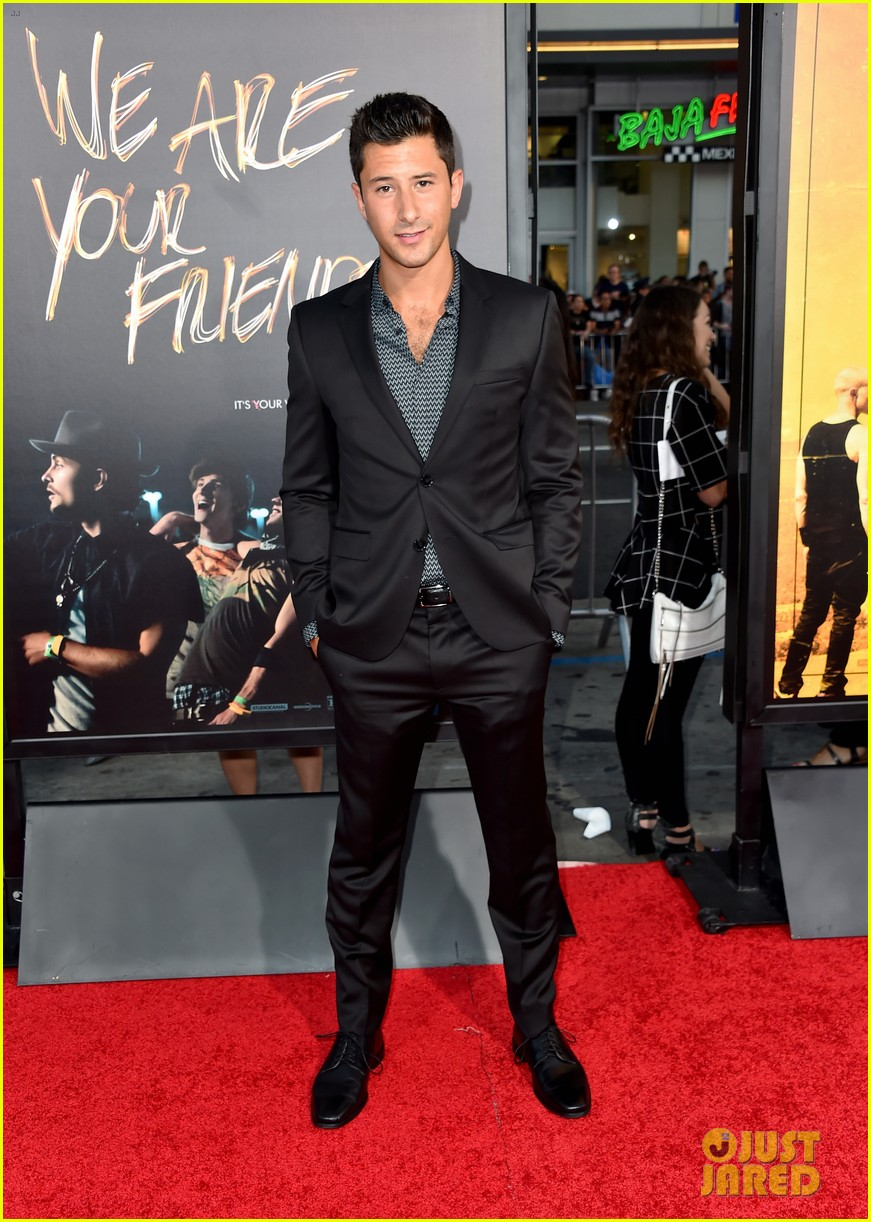 jonny weston shiloah fernandez we are your friends premiere 323442983