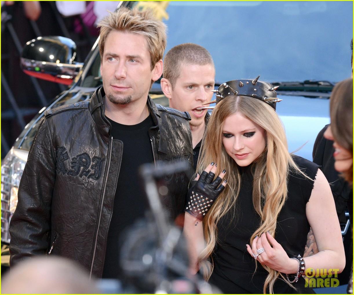 Avril Lavigne & Chad Kroeger Separate After 2 Years Of Marriage: Photo  3451127  Avril Lavigne, Chad Kroeger, Divorce, Split Pictures  Just Jared