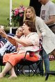 kate hudson films mothers day after nick jonas rumors 04