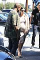 kim kourtney khloe kardashian studio 05