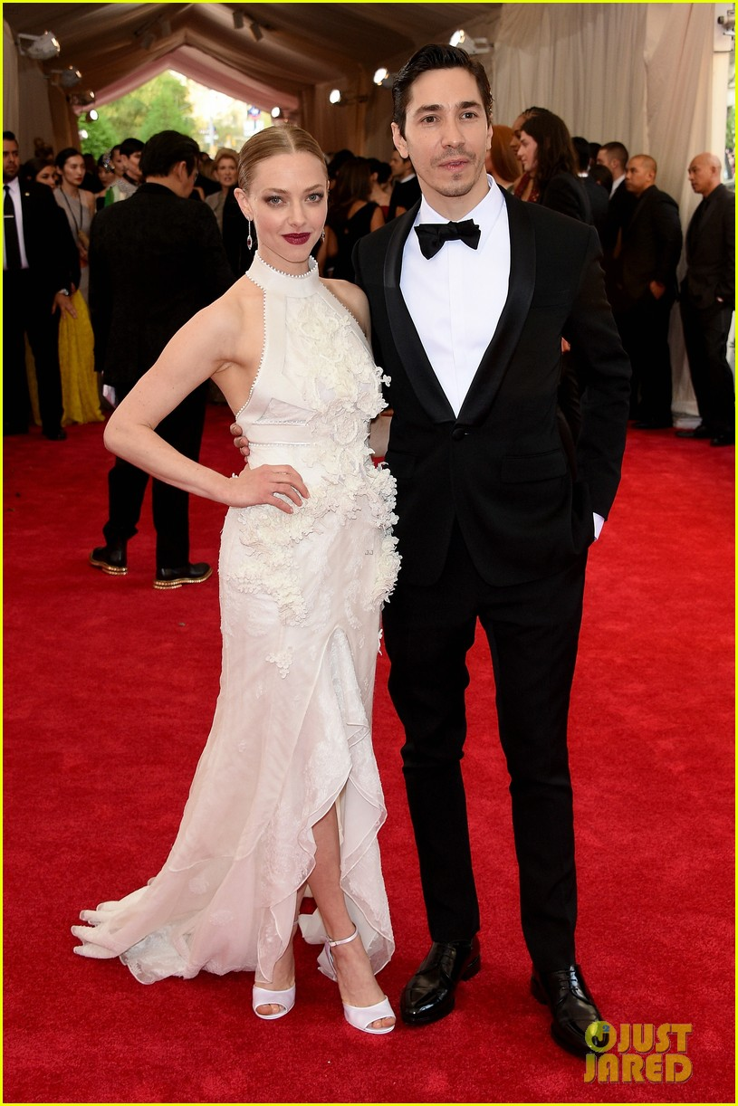 Amanda Seyfried is Reportedly Dating Costar Thomas Sadoski! - In Touch ...