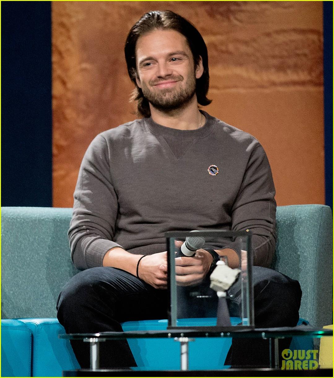 Sebastian Stan Gets NASA Expierence At 'Martian' Screening with ...