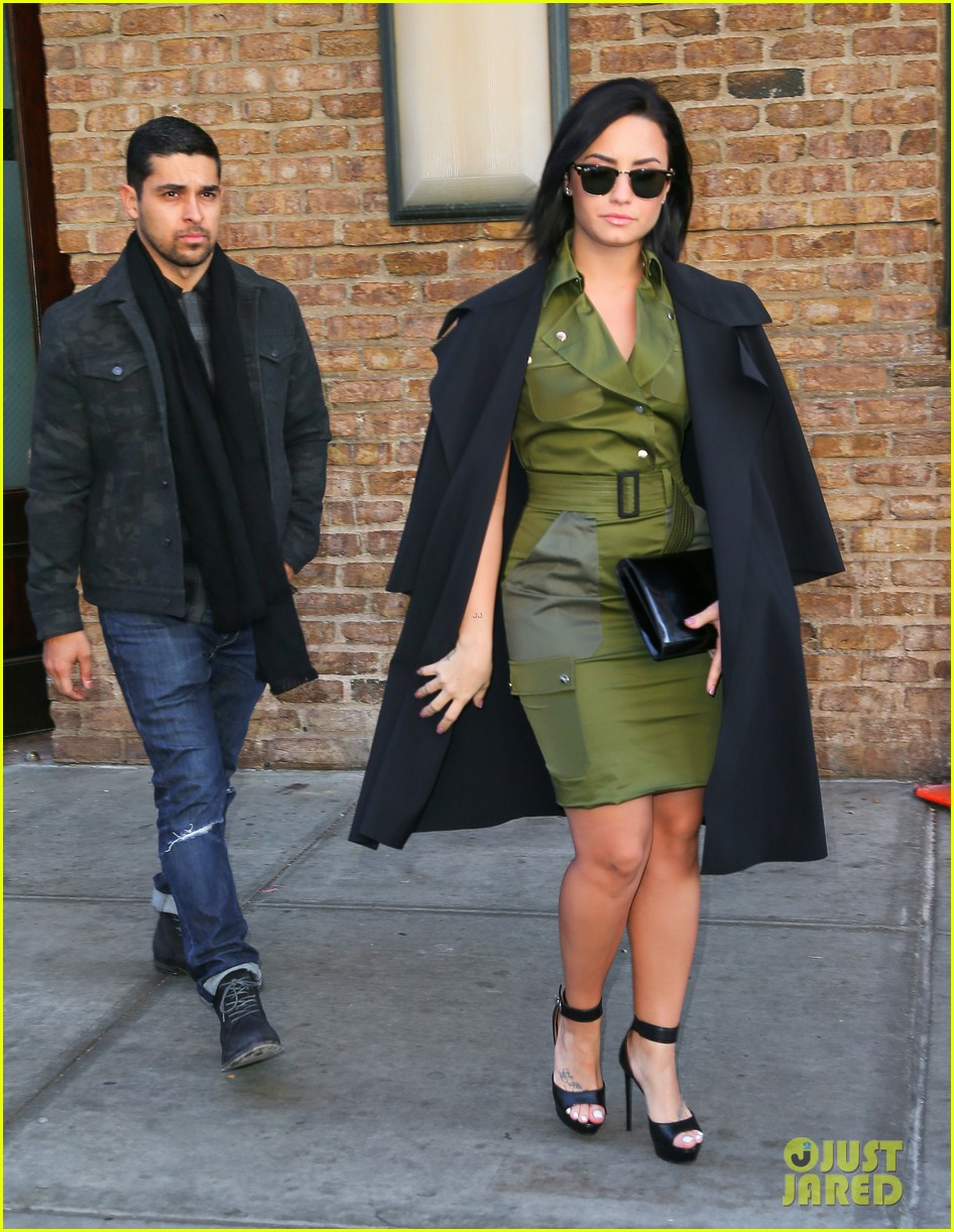 demi lovato dating right now Who is demi lovato dating  this feature is not available right now  why demi and wilmer split - duration: 4:28.