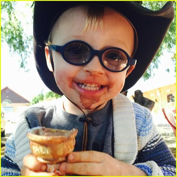 Chris Pratt & Anna Faris Name A Penguin With Son Jack