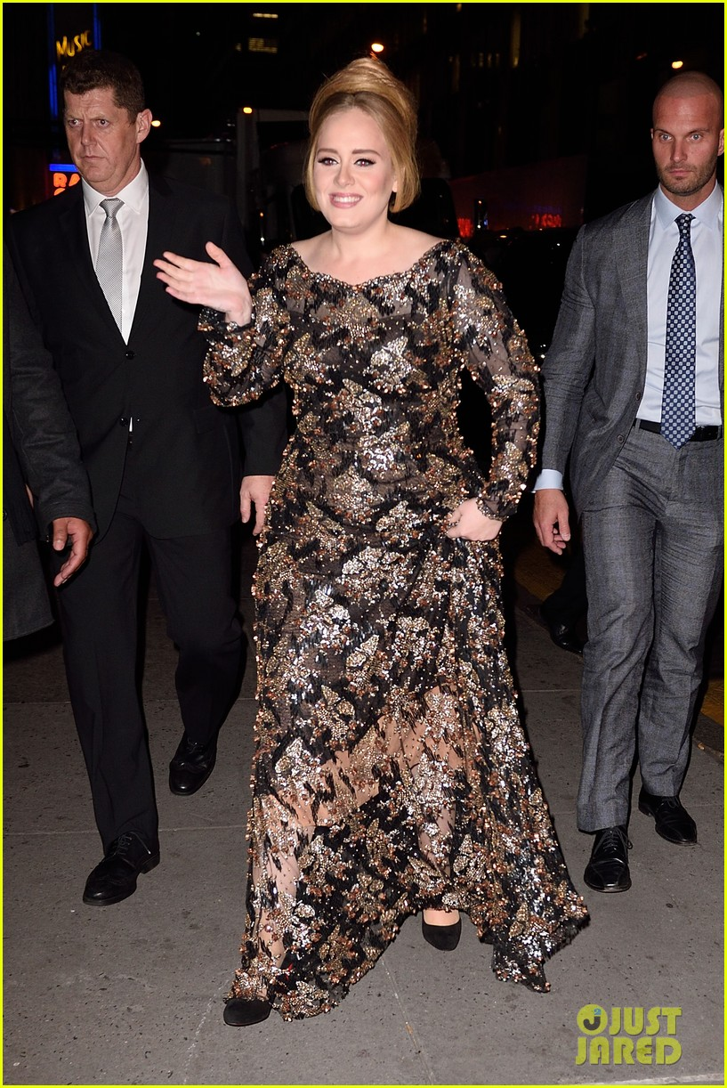 Adele&#39-s Bodyguard Is Super Hot &amp- Everyone&#39-s Freaking Out