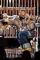 jennifer lopez performs dances american music awards 2015 19