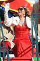 mariah carey thanksgiving day parade 04