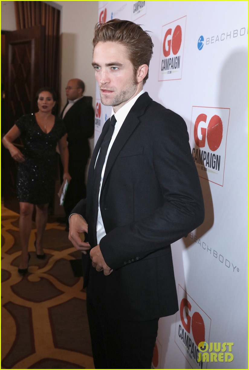 robert pattinson fka twigs have a date night with katy perry 093507357