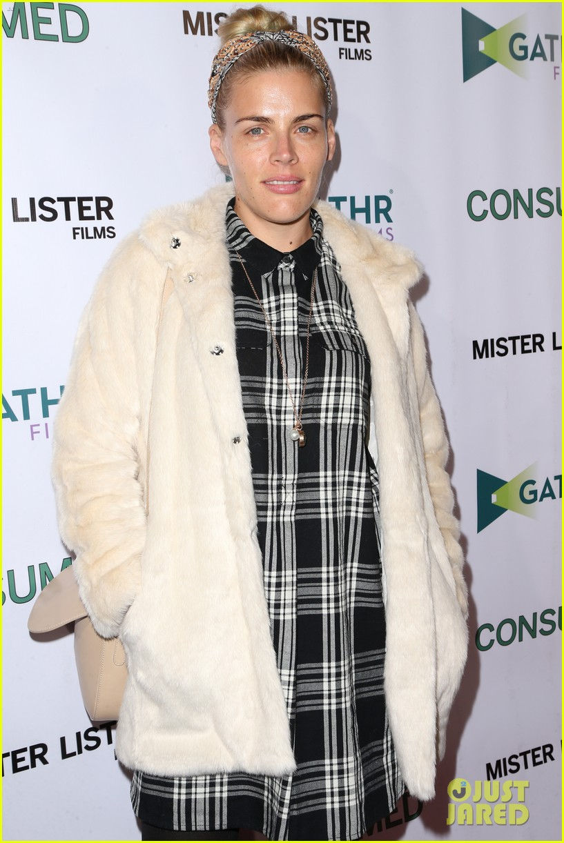 busy philipps grace gummer more support zoe lister jones at consumed 083506647