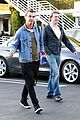 gavin rossdale steps out holiday shopping 05