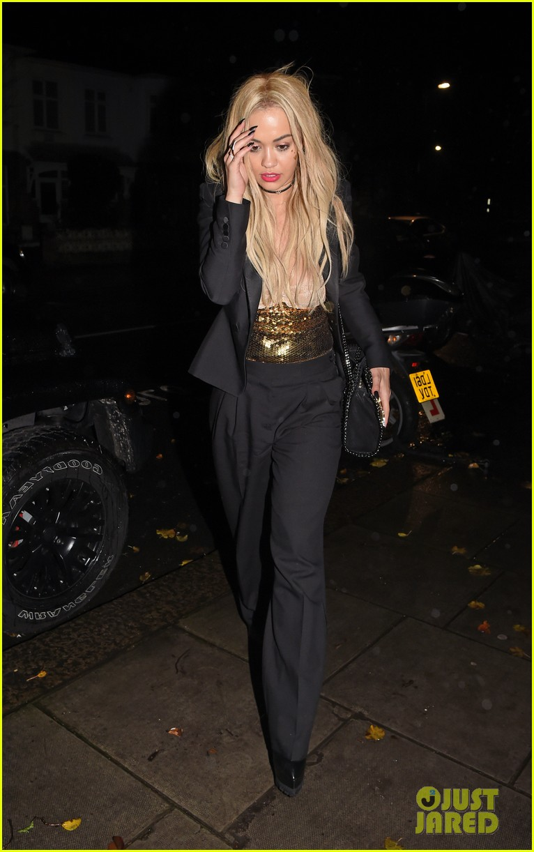 rita ora nearly suffers nip slip in london 023520348