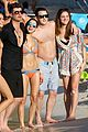 robin thicke and gf pose with fans on beach 14