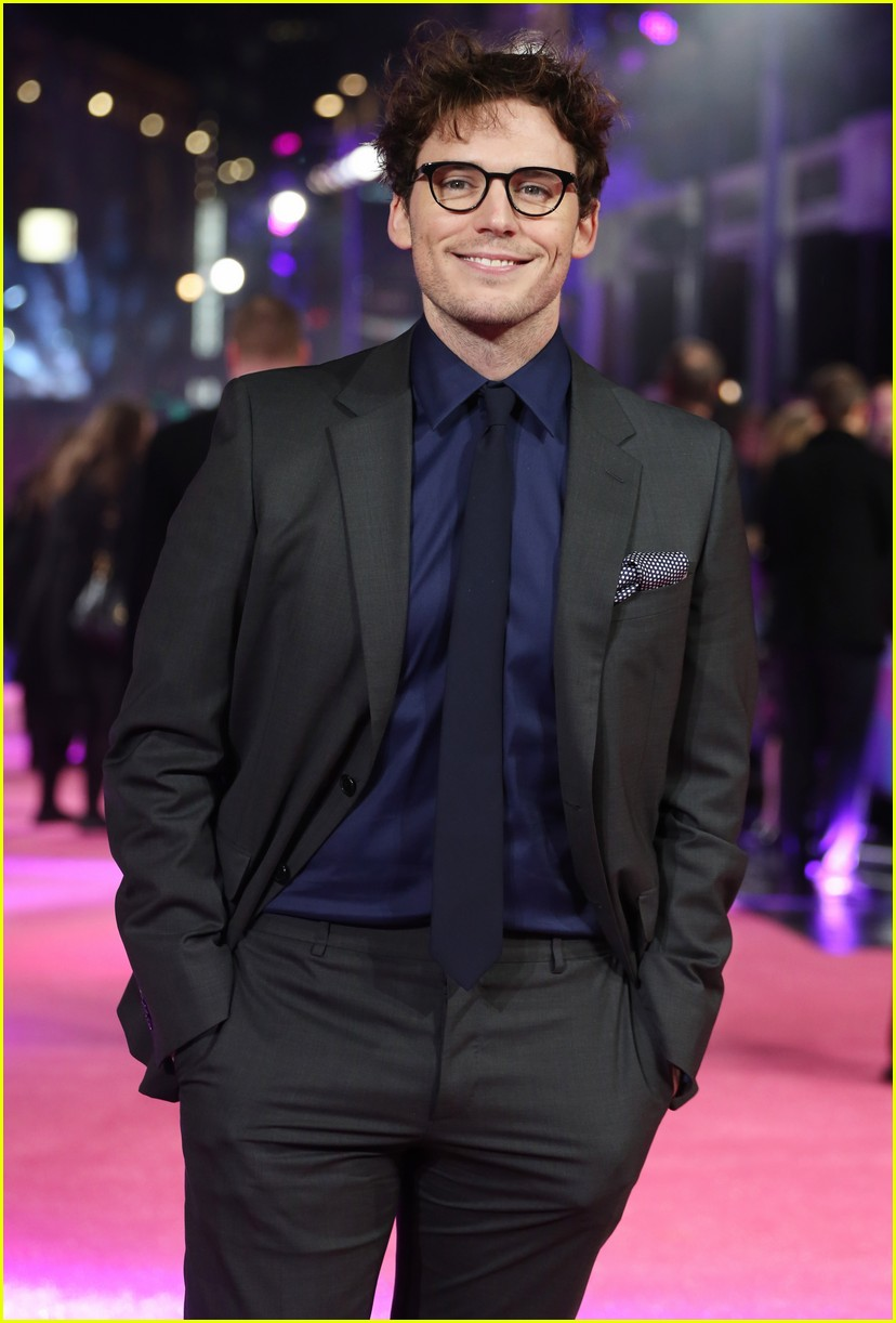 Sam Claflin Hits The Red Carpet At 'how To Be Single' London Premiere:  Photo 3574138  Sam Claflin Pictures  Just Jared