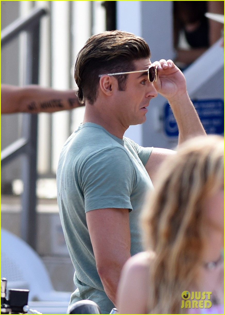 Zac Efron Shows His Muscles on a Motorcycle for \u0027Baywatch