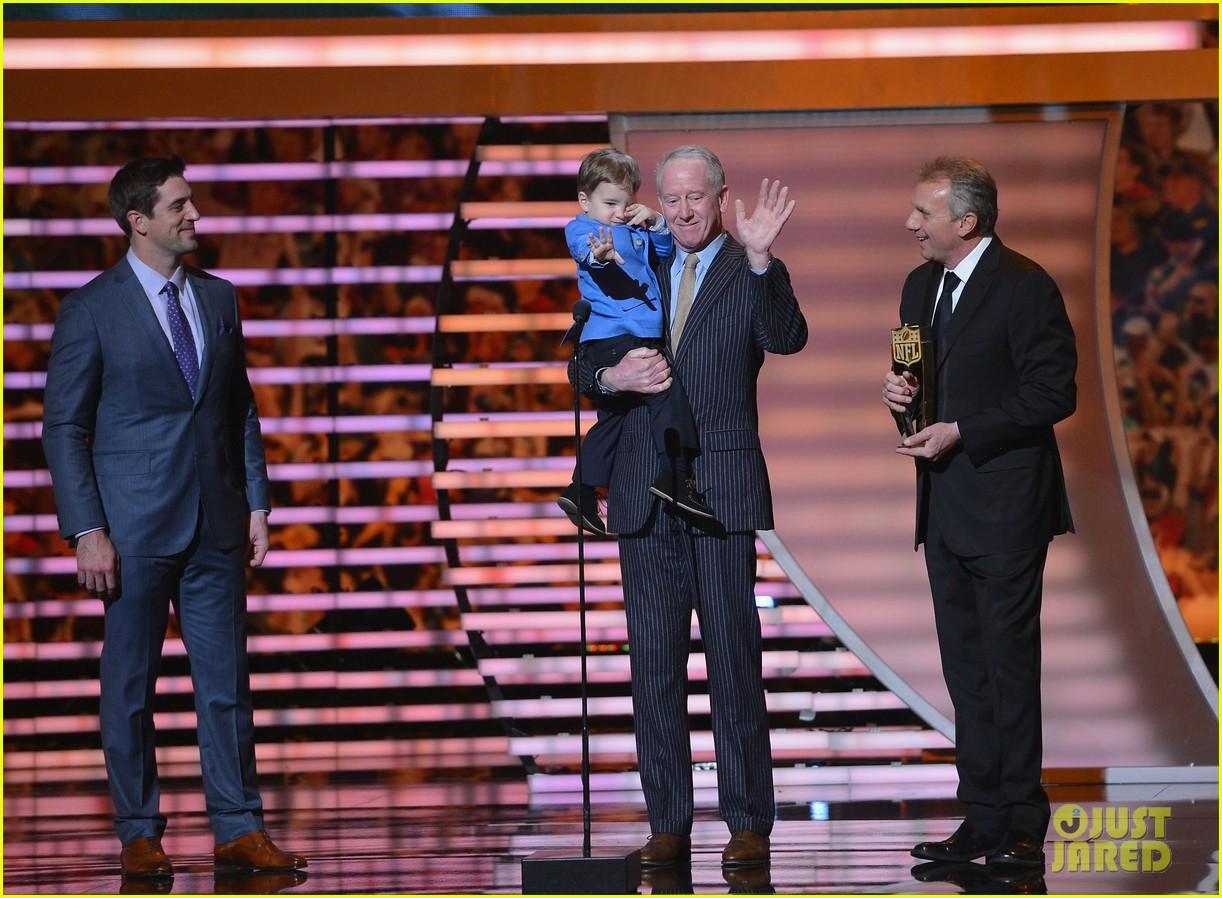 Peyton Manning Kids 2017