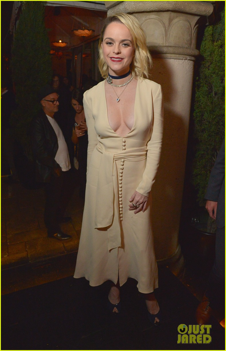 olivia munn hosts vanity fairs star studded young hollywood party 483587273