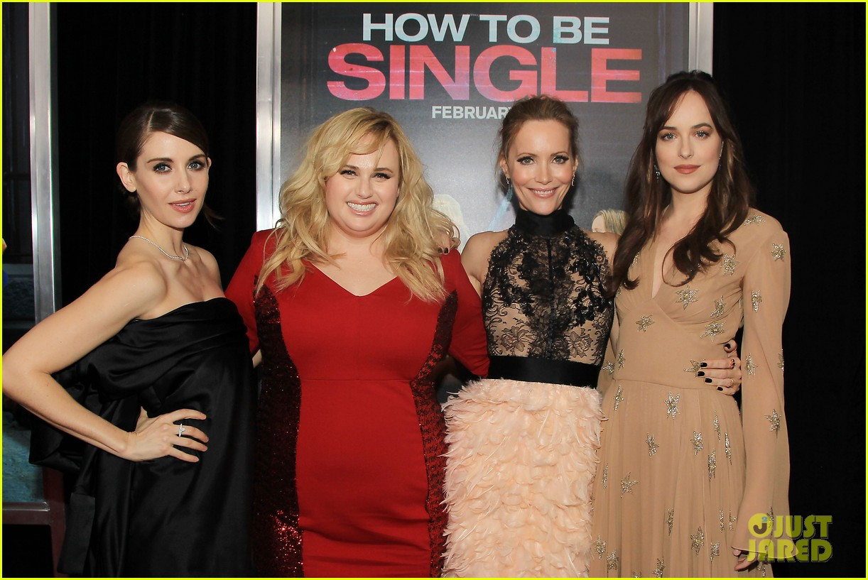 Dakota Johnson & Rebel Wilson Premiere 'how To Be Single' In New York City