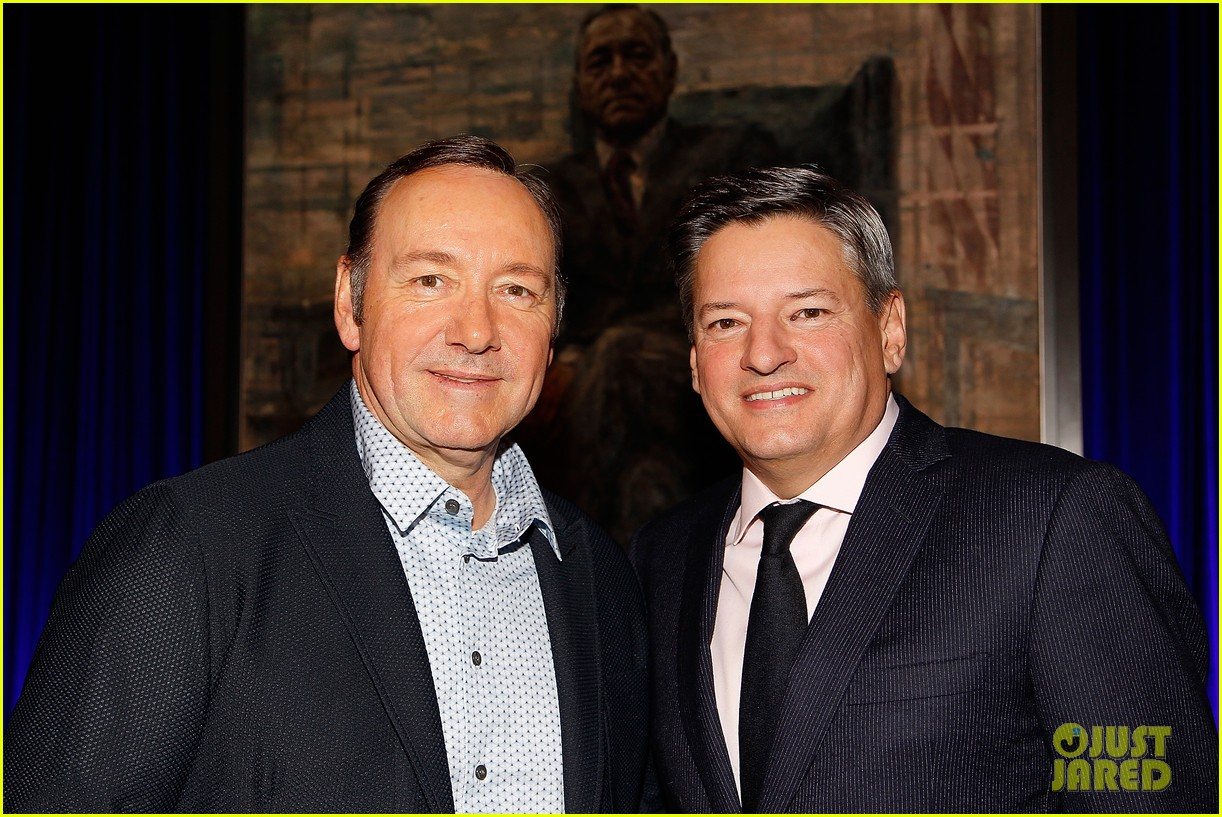 kevin spacey unveils his house of cards frank underwood presidential portrait watch here 143586340
