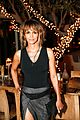 halle berry stuns at common toast to the arts with idris elba 04