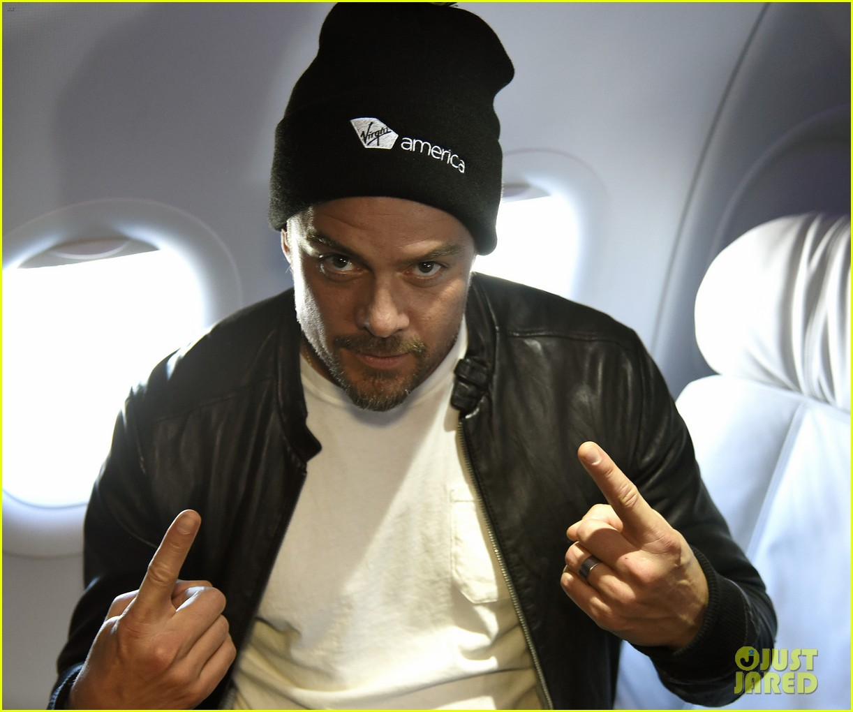 josh duhamel takes flight on virgin americas inaugural san francisco to denver launch 023607021