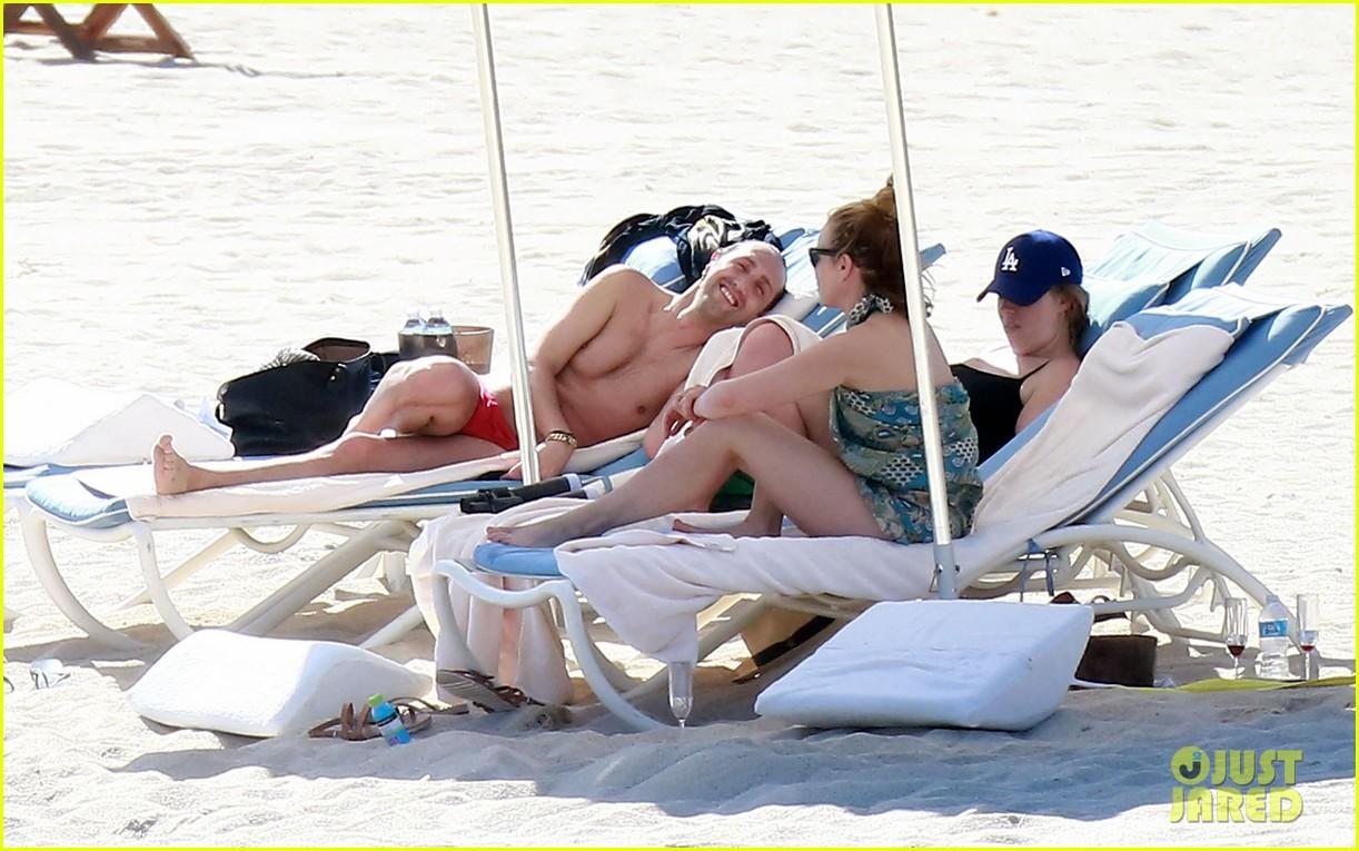 Chelsea Handler Posts Bikini Photo on Instagram
