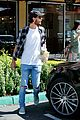 kourtney kardashian scott disick coffee kids 23