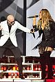 leona lewis surprises crowd at pitbulls vegas show video 02