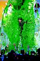 blake shelton gets slimed at kids choice awards 2016 02