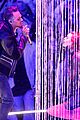 chris brown performs iheartradio music awards 2016 05