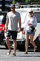 miley cyrus liam hemsworth grab breakfast in australia 05