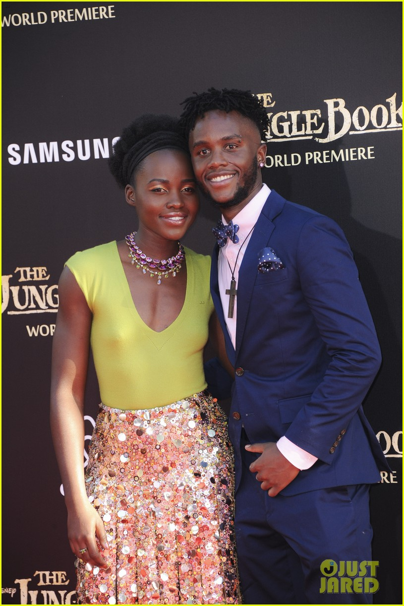 lupita nyongo brings brother peter to jungle book premeire 053622968