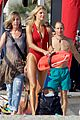 kelly rohrbach sings on set baywatch 07
