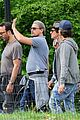 leonardo dicaprio lifts his shirt flashes some skin 39
